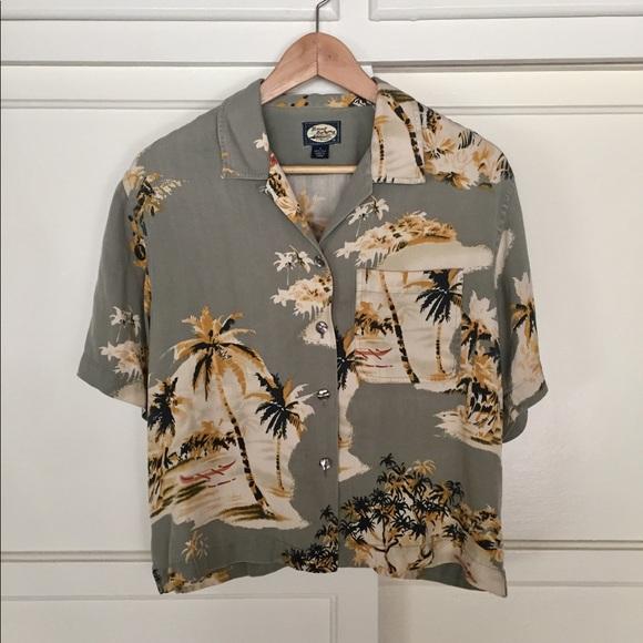 4fe30a29 Tommy Bahama Tops - Tommy Bahama 100% Silk Ladies Hawaiian Shirt - SM